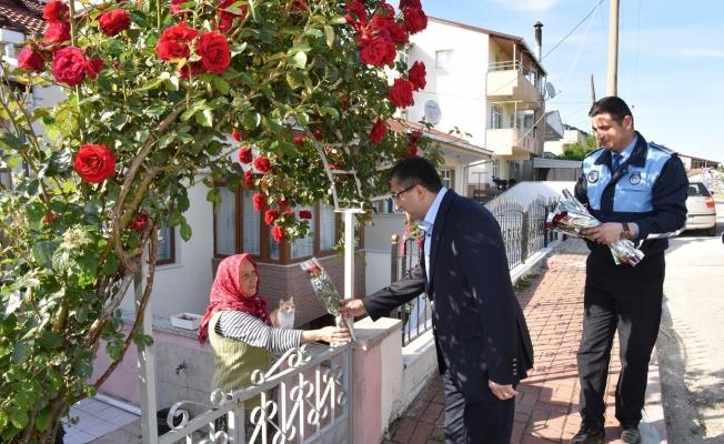Öz'den Anneler Günü jesti