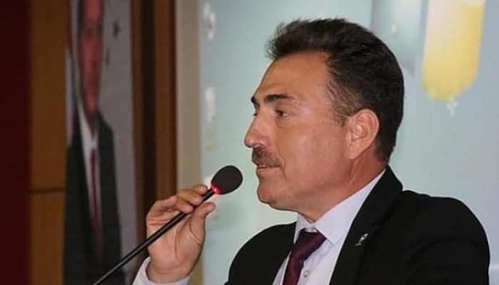 """""""Türkiye Cumhuriyeti'nin geleceği gençlerimize emanettir"""""""
