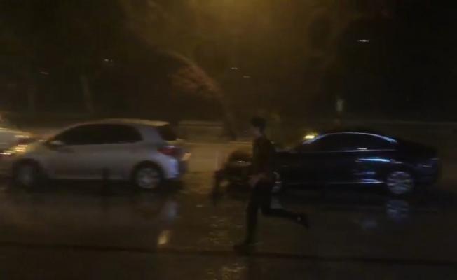 Bir anda bastırdı (Video)