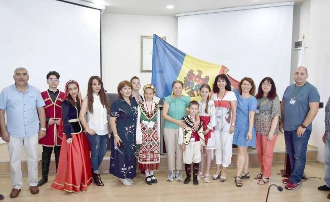 Halk Dansları Topluluklarından Belediyeye ziyaret