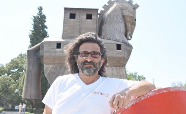ÇOMÜ'lü Arkeolog Troya'nın keşfini 600 yıl geriye götürecek bir keşif buldu