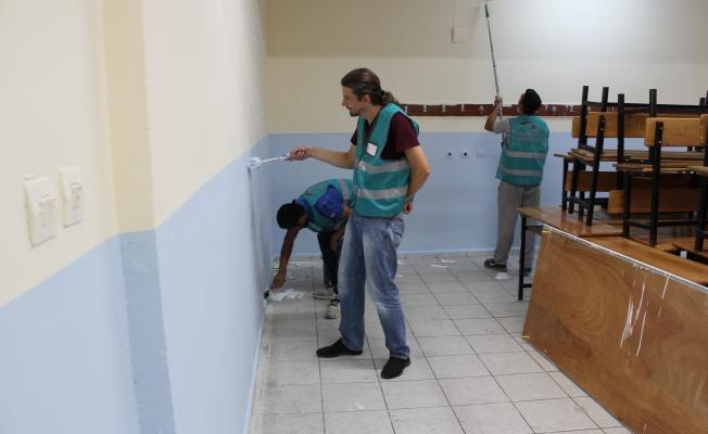 Gazi Ortaokulu eğitime hazır