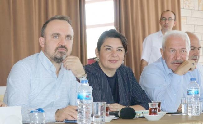 AK Partili Başkanlardan Turan'a destek