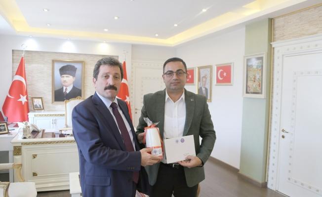 Erdoğan'dan Vali Tavlı'ya davet