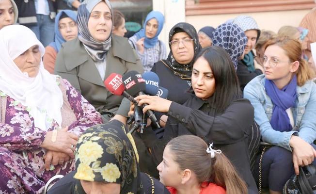 """Yavaş'tan Diyarbakır'lı annelere destek """"Yalnız değilsiniz..."""""""