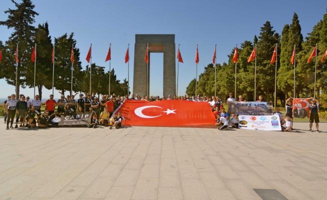 ÇABİP ve PEBİP'ten Şehitlere Saygı Turu