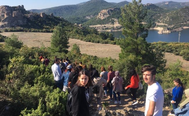 Üniversiteliler Atikhisar ve Kayadere'yi ziyaret etti