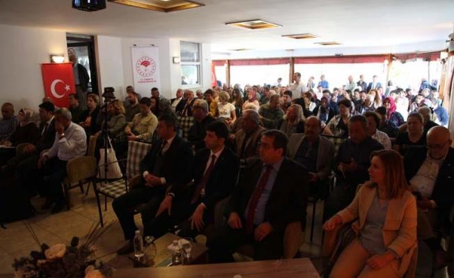 """""""Zeytin bahçelerinde yeşil gübreleme ve Lavanta yetiştiriciliği"""" paneli düzenlendi"""