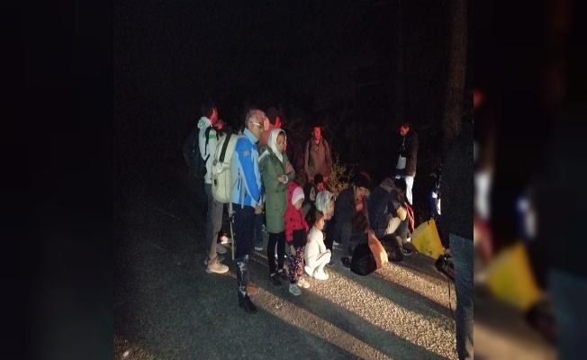 Ayvacık'ta 49 kaçak göçmen yakalandı