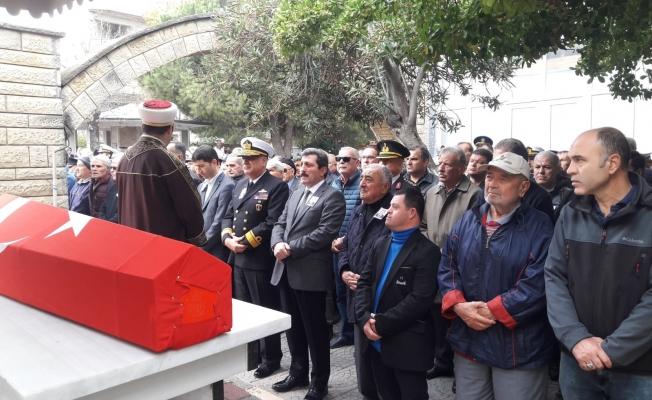 Kıbrıs Gazisi dualarla son yolculuğuna uğurlandı