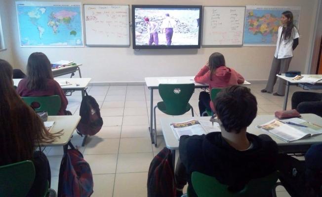 Akif ve Troya Belgeseli okullarda öğrenciler ile buluştu