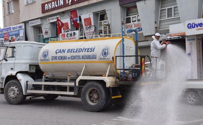 Çan sokakları dezenfekte edildi