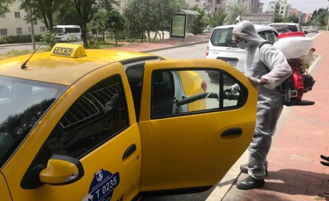 Taksi ve Taksi duraklarında dezenfekte çalışması