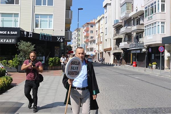 Şarlan Ankara'ya yürüyor