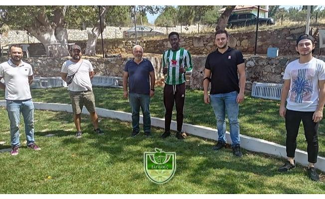 Bayramiç Belediye Spor'un ilk transferi gerçekleşti