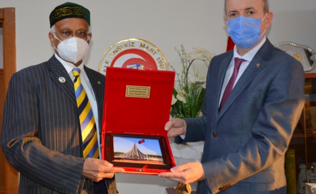 Bangladeş Halk Cumhuriyeti Ankara Büyükelçisi Mosud Mannan ÇOMÜ'yü ziyaret etti