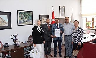 Defterdarlıktan Başkan Ahmet Atam'a teşekkür belgesi