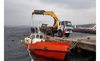 Lodosta batan tekne için kurtarma çalışması (VİDEO)