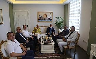 AK Parti'den Valiye ziyaret