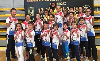 Karateciler Zirveye Ambargo Koydu