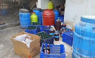Ezine'de kaçak içki operasyonu