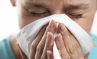 Grip misiniz yoksa soğuk algınlığı mı? Bu 6 uyarı işaretini dikkate alın!