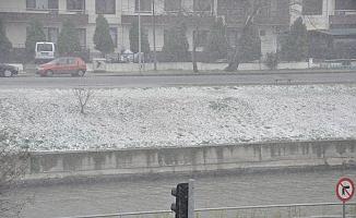 Beklenen kar yağışı etkili olmaya başladı