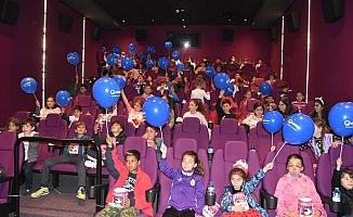 Çocuklar, Büyük Macera filmiyle eğlendi