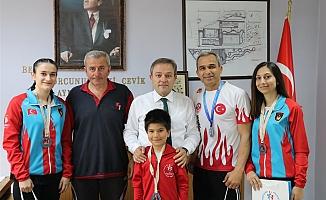 Hastanebayırıspor Kulübü'nden Alp'e ziyaret