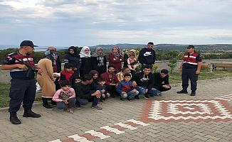 Operasyonlarda 78 kaçak göçmen yakalandı