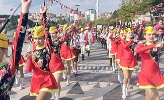 Troya Halk Dansları Festivali ilgi gördü