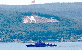 Yunanistan savaş gemisi Çanakkale Boğazı'ndan geçti