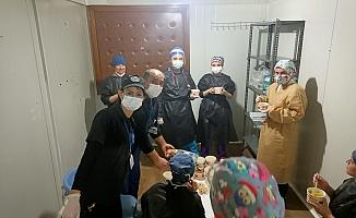 Başkan Erdoğan'dan sağlıkçılara çorba ikramı