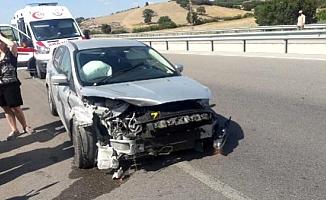 Ezine'de trafik kazası; 4 yaralı