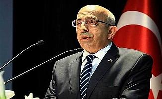 Rektör Prof. Dr. Sedat Murat'tan kandil mesajı