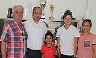 Ayşe Ela Palat Şampiyon