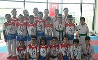 Karateciler Erzurum'da