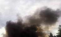 Minibüs otoyolda alev alev yandı