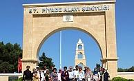Azerbaycanlı şehit yakınları Gelibolu Yarımadası'nı gezdi
