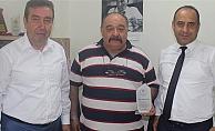 Bektaş'tan Eroğlu'na plaket