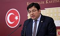 CHP'li Erkek tutuklu gazetecilerle bayramlaştı