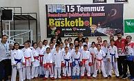 Karateciler Gemlik Turnuvasında