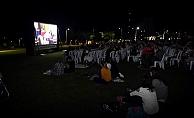 Özgürlük Parkı'nda sinema keyfi