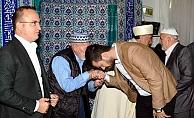 Turan, Bayram namazını Subaşı köyünde kıldı