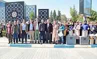 AK Parti Biga İlçe Teşkilatı aşure dağıttı