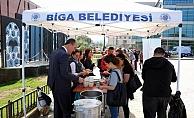 Biga Belediyesi'nden aşure ikramı