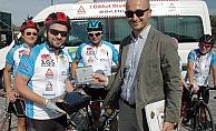 Köy çocuklarına yardım için  bisikletle 1300 kilometre yol kat edecekler