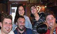 Baba Ramiz'in Garsonları Kafedeyim'de Eğlendiler