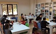 Çocuk Kültür Evi çocuklara zengin bir kütüphane ortamı sunuyor…