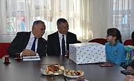 Başkan Gökhan'dan eğitime destek